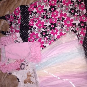 Girls dress and short lot size 6-6x